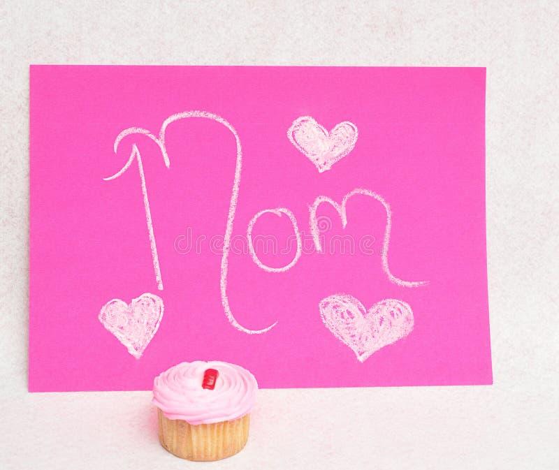 Um queque para o dia de mães imagem de stock royalty free
