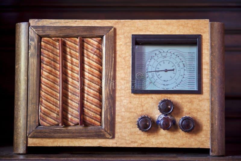 Um rádio velho imagem de stock