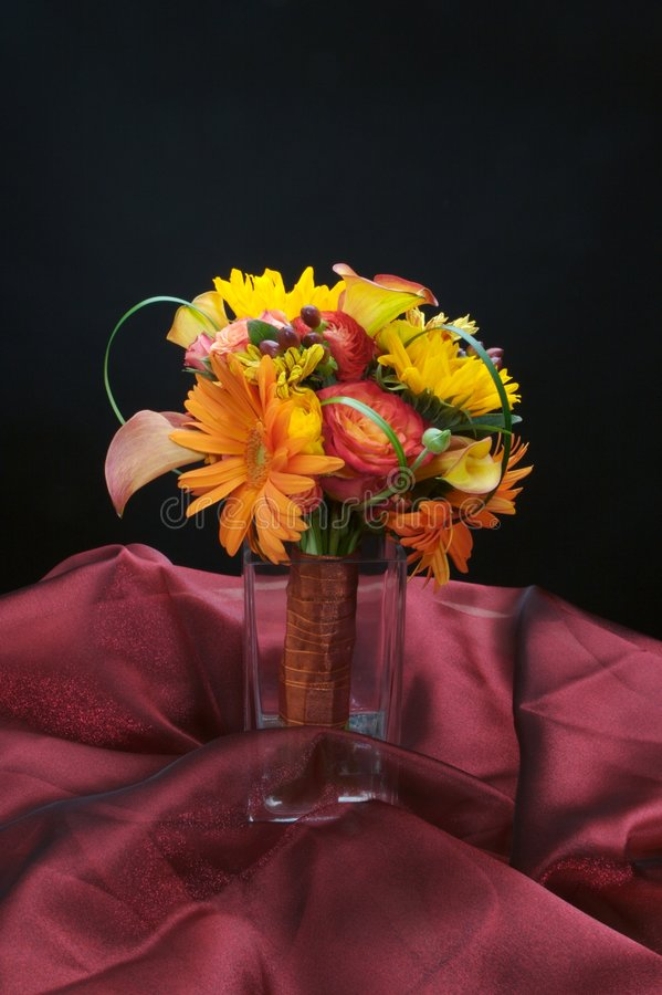 Um ramalhete floral bonito imagens de stock