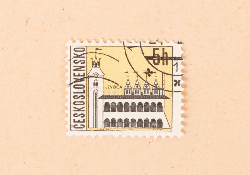 Um selo impresso em Checoslováquia mostra uma igreja, cerca de 1970 fotografia de stock royalty free