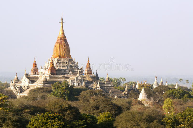 Download Templo de Bagan imagem de stock. Imagem de burma, religioso - 29844425