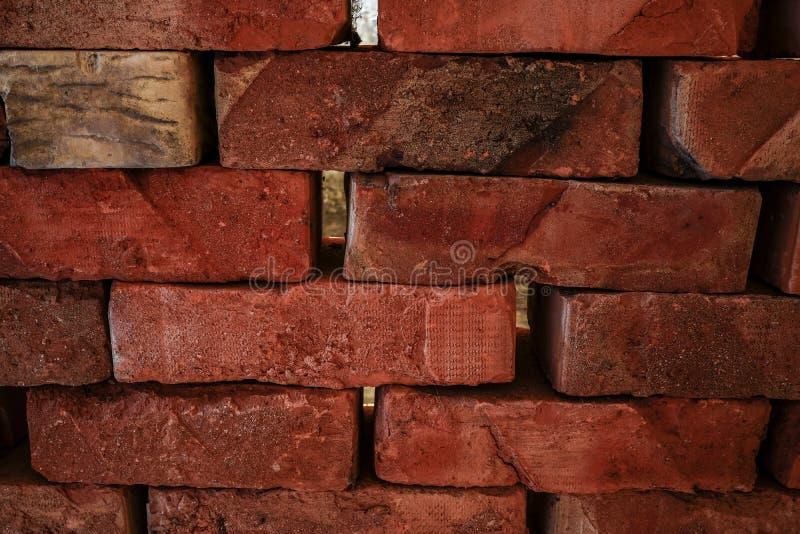Um tijolo velho que fosse feito à mão em moldes de madeira fotografia de stock royalty free