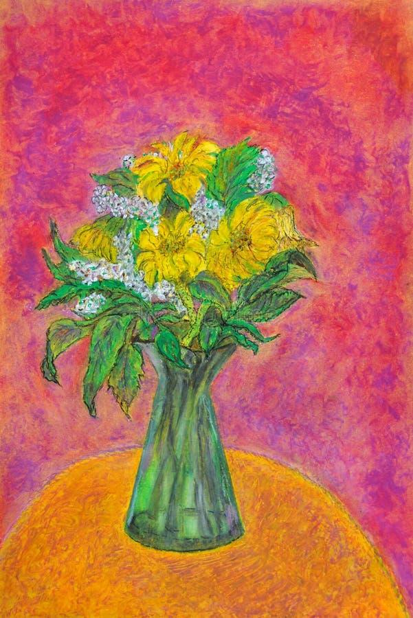 Um vaso do vidro verde com as flores brancas & amarelas em uma tabela do amarelo do ocre dentro e no fundo fúcsia ilustração do vetor