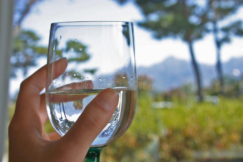 Um vidro da água fotos de stock royalty free