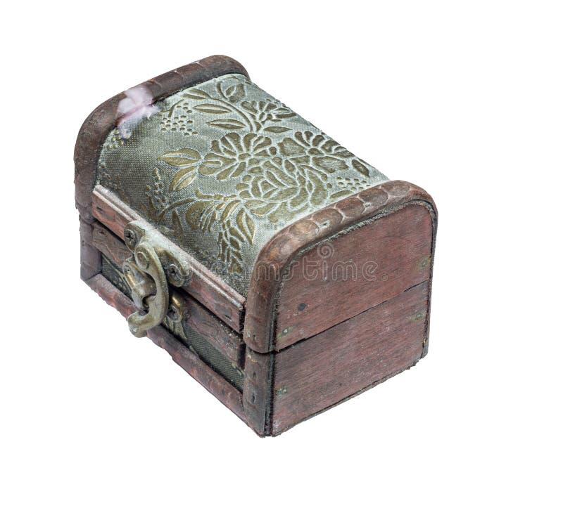 Um vintage feito à mão cofre de madeira para recolher inventa imagens de stock royalty free