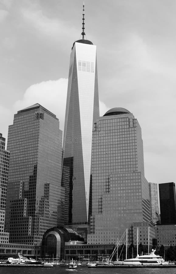 Um World Trade Center visto de Hudson River imagem de stock