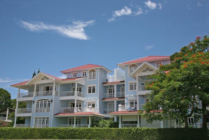 Uma área residencial luxuoso acolhedor foto de stock royalty free