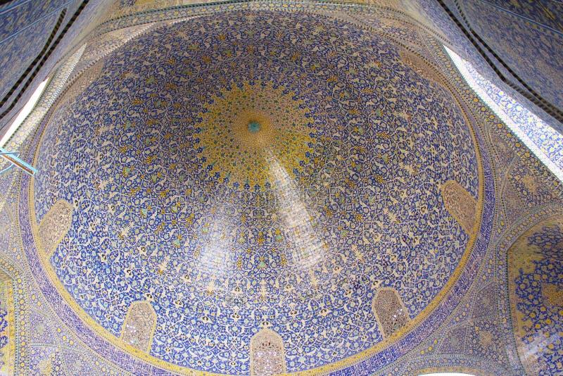 Uma abóbada da mesquita de Jameh de Isfahan, Irã imagem de stock
