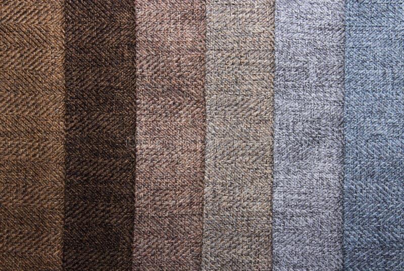 Uma amostra de texturas multi-coloridas das telas foto de stock