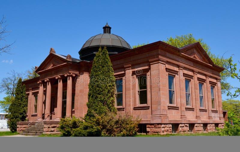 Uma biblioteca de Carnegie imagens de stock