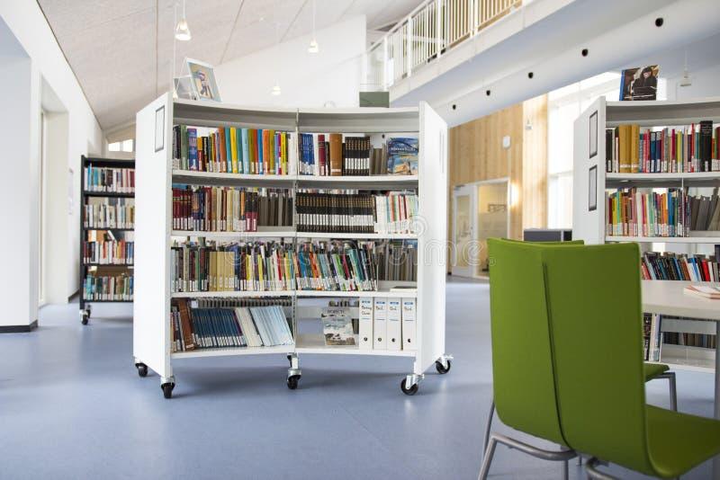 Uma biblioteca em uma universidade imagens de stock royalty free