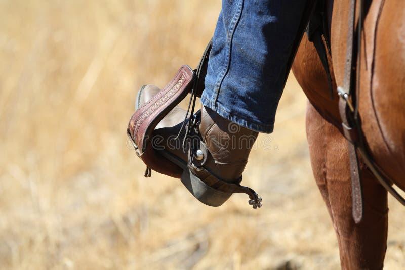 Uma bota de vaqueiro. fotos de stock royalty free
