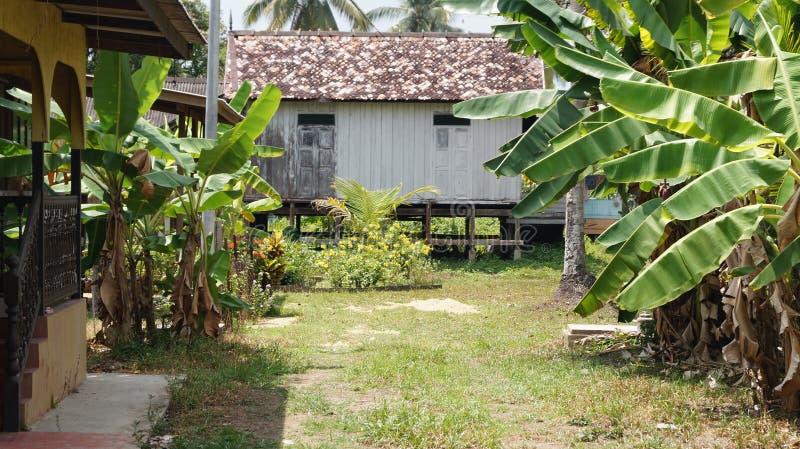 Uma casa tradicional do malaio de Terengganu imagem de stock royalty free