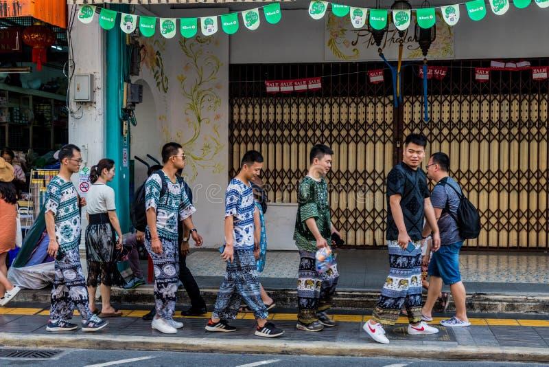 Uma cena típica na cidade de Phuket em Tailândia foto de stock