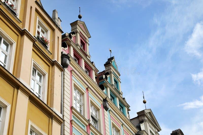 Uma cidade velha no centro de Wroclaw, construções históricas fotografia de stock