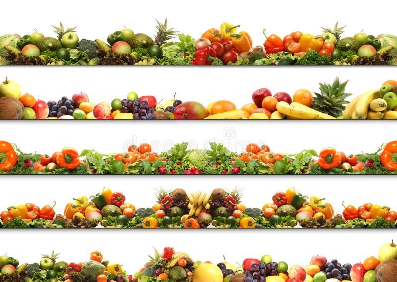 Uma colagem de frutas e legumes frescas e saborosos imagens de stock