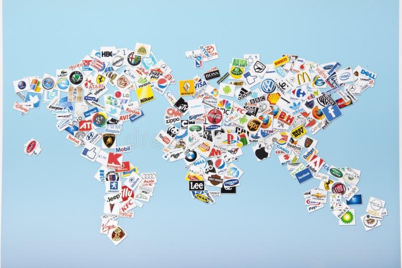 Uma compilação de correntes varejos principais dos E.U.