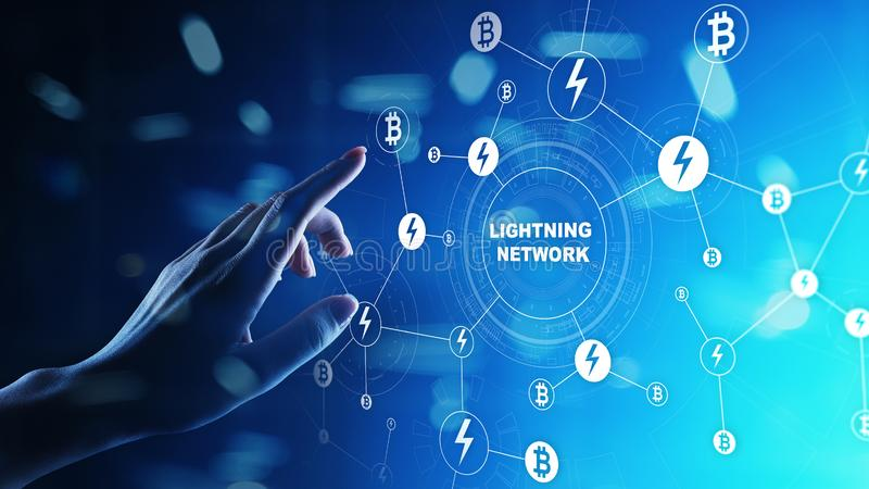 Uma comunicação da rede do relâmpago na tecnologia do cryptocurrency Bitcoin e conceito do pagamento do Internet na tela virtual fotografia de stock royalty free