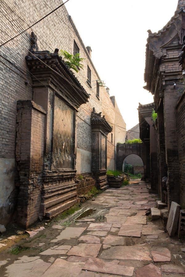 Uma das ruas velhas da cidade antiga de Pingyao, província de Shanxi, China fotografia de stock