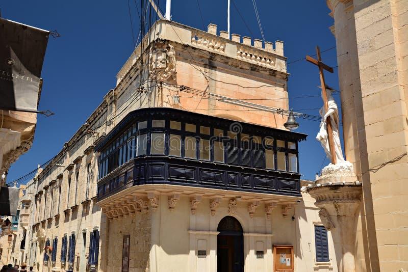 Uma das ruas velhas da cidade em Rabat foto de stock royalty free