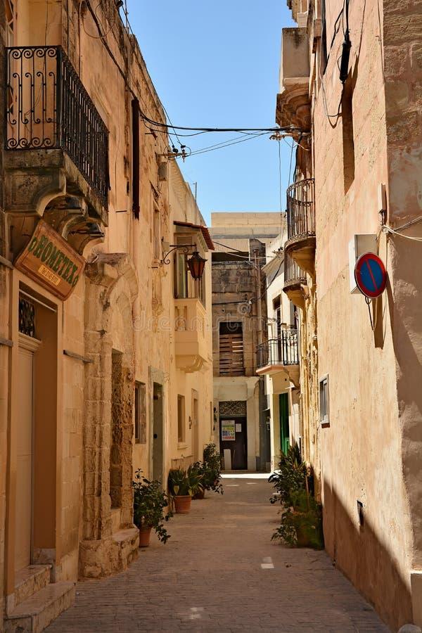 Uma das ruas velhas da cidade em Rabat fotos de stock royalty free