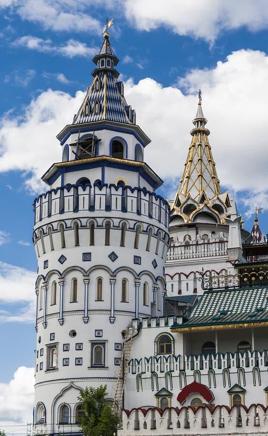 Uma das torres do Kremlin de Izmailovo foto de stock