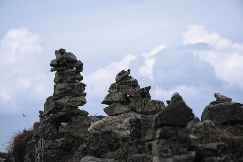 Uma estátua bonita da rocha no ¡ superior ň de Krivà do ½ do kà do ¾ de VeÄ em montanhas de Eslováquia foto de stock royalty free