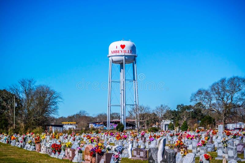 Uma estrada da entrada que vai a Abbeville, Louisiana fotografia de stock