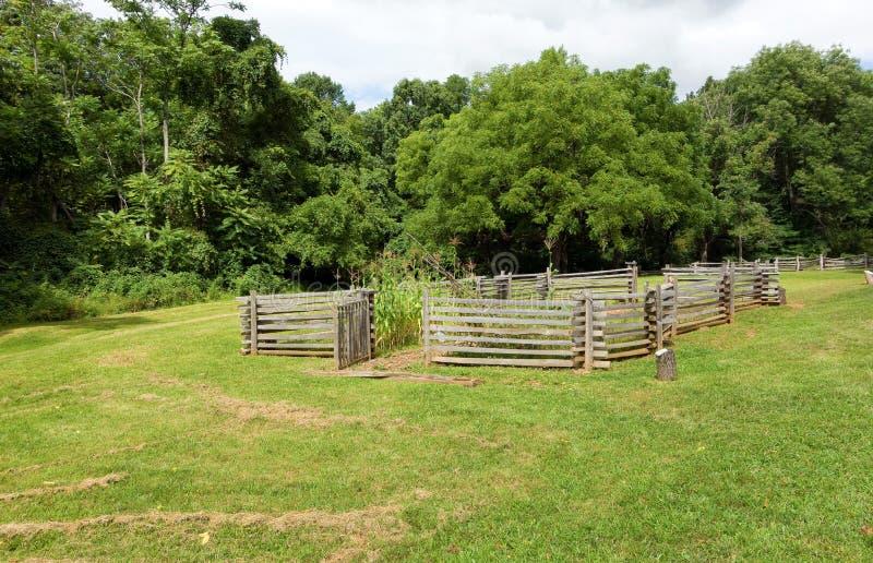 Uma exploração agrícola cercada na exposição em Virgínia imagem de stock royalty free