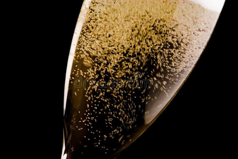 Uma flauta com muitas bolhas do ouro imagens de stock royalty free
