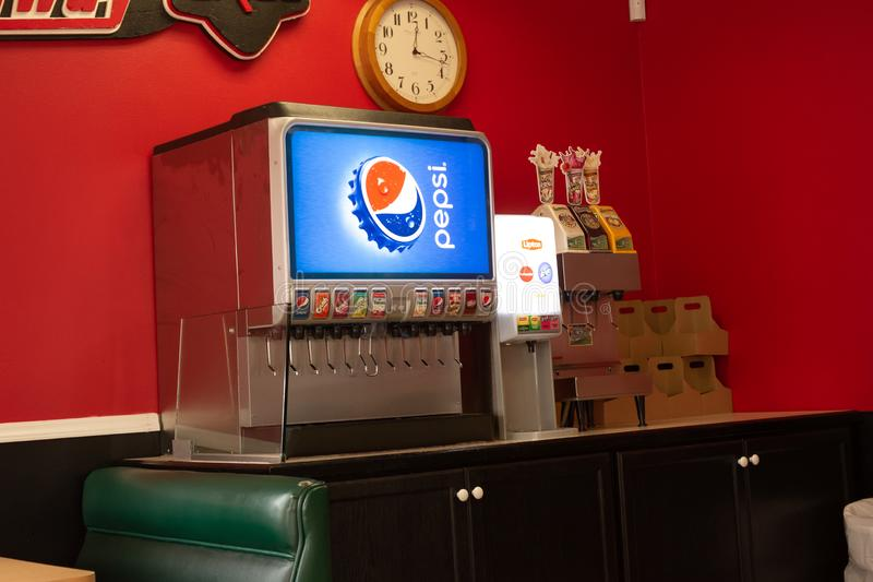Uma fonte de Pepsi em um restaurante fotos de stock royalty free