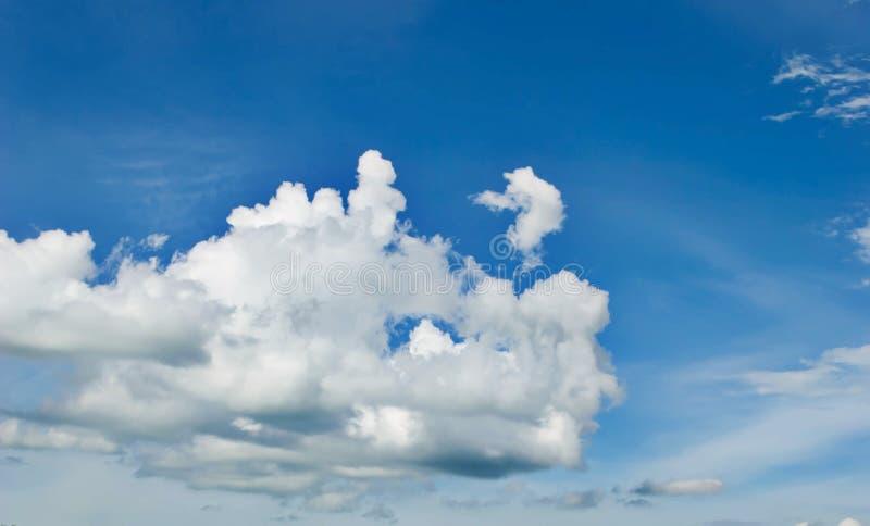 Uma foto das nuvens foto de stock royalty free
