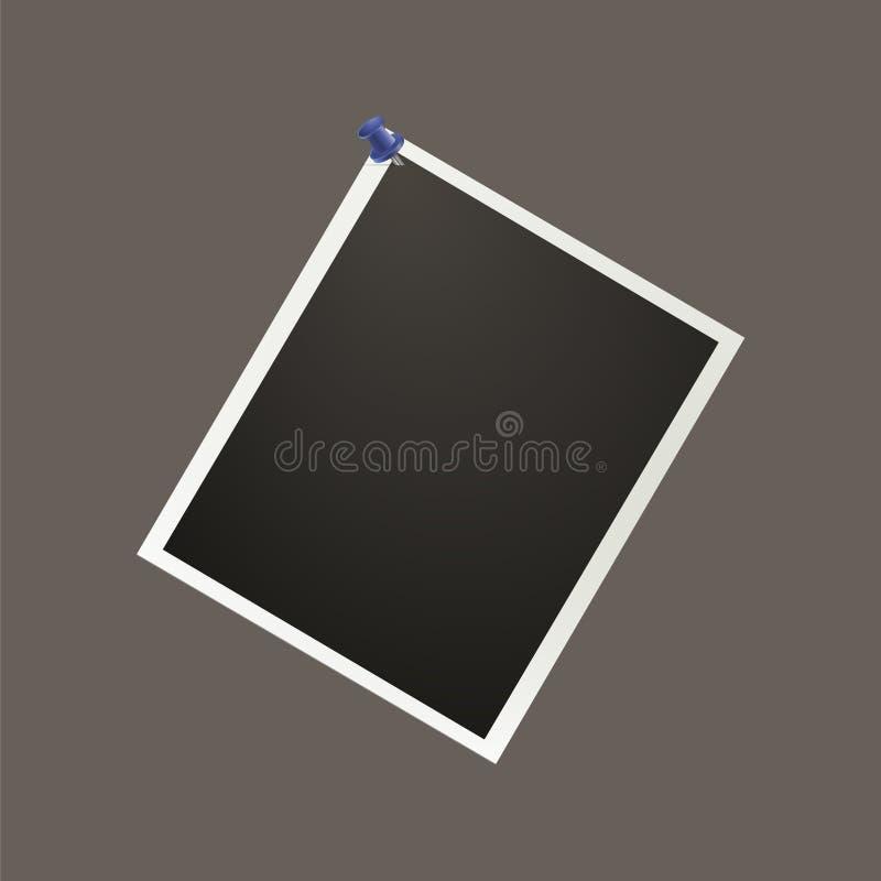 Uma foto realística vazia é fixada com um prego de escritório azul Bl ilustração stock