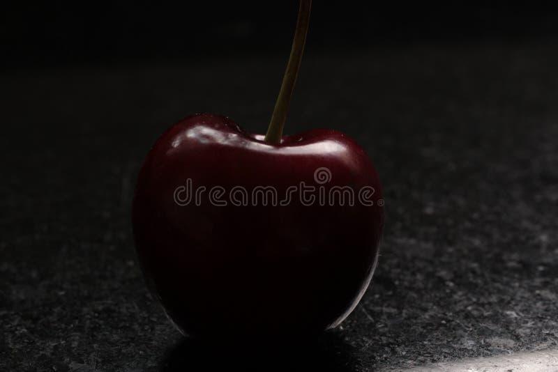 Uma fotografia macro de Cherry Silhouette fotos de stock royalty free