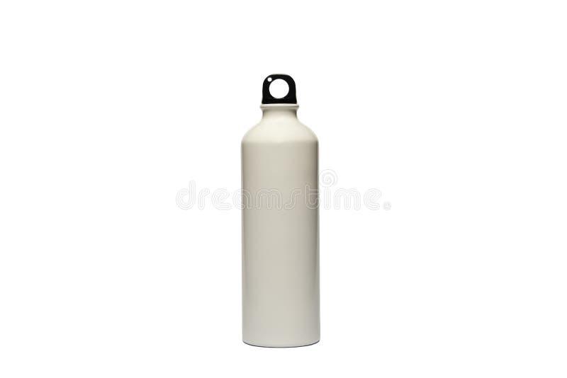 Uma garrafa de aço inoxidável branca durável, de alta qualidade, reusável em um fundo branco isolado como uma alternativa à garra imagens de stock