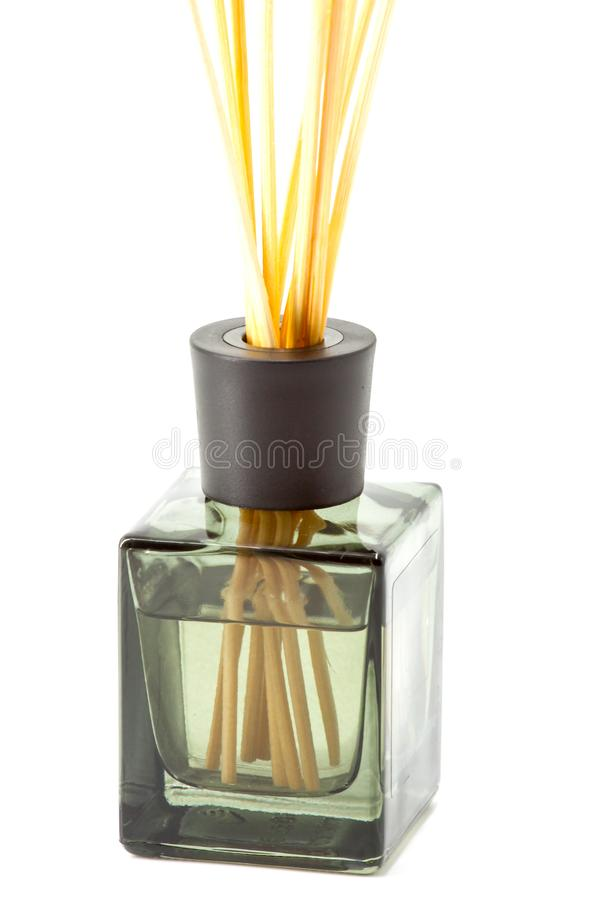 Uma garrafa de varas aromáticas foto de stock royalty free