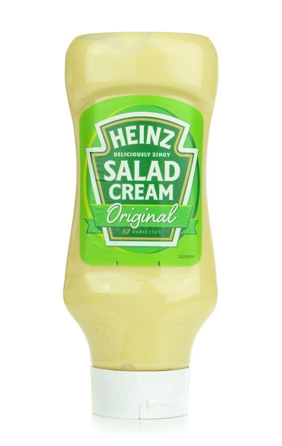 Uma garrafa do creme da salada de Heinz foto de stock