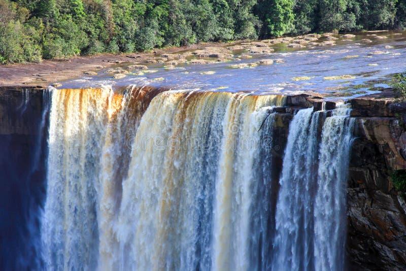 Uma ideia das quedas de Kaieteur, Guiana A cachoeira ? uma das cachoeiras as mais bonitas e as mais majestosas no mundo fotografia de stock royalty free
