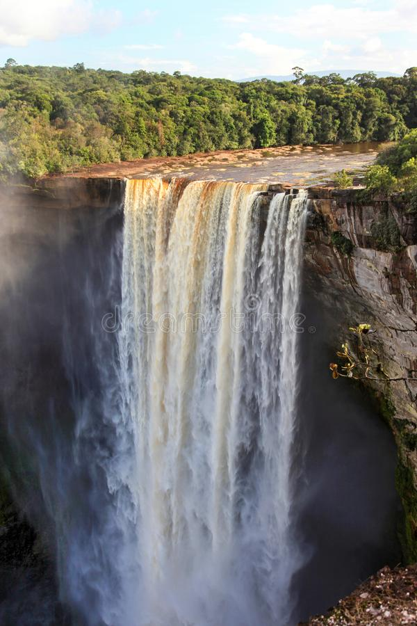 Uma ideia das quedas de Kaieteur, Guiana imagens de stock
