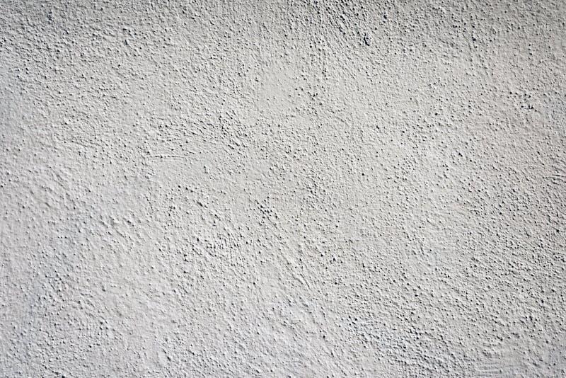 Uma ideia de um branco pintou a parede para o fundo ou a textura fotos de stock royalty free