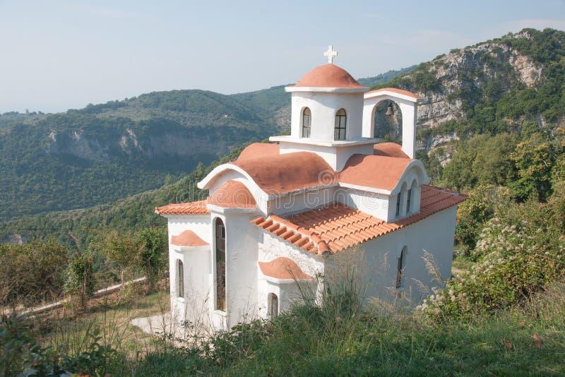 Uma igreja na montagem Pelion imagem de stock