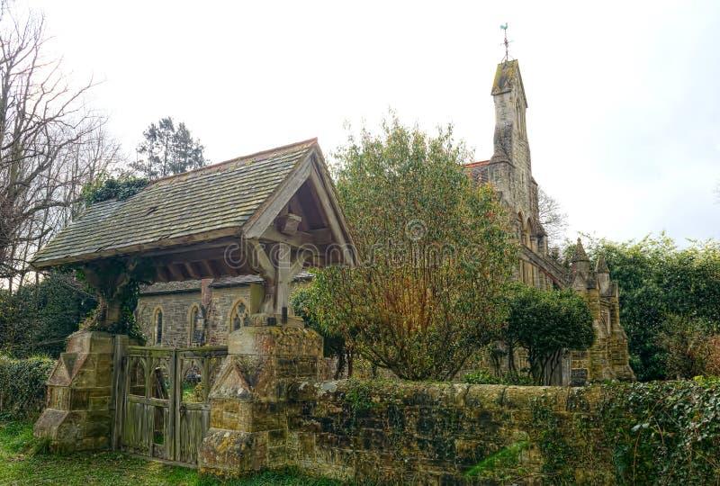 Uma igreja redundante St Peters, Holtye, Sussex, Reino Unido imagens de stock