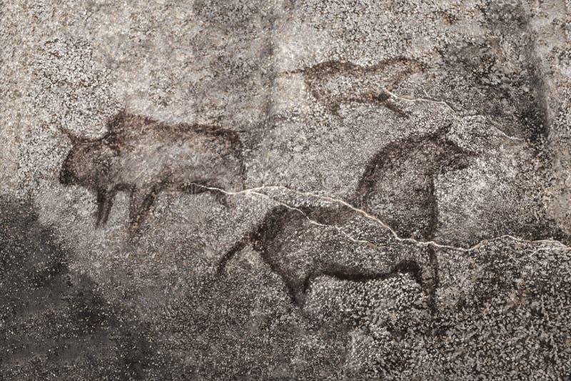 Uma imagem de animais antigos em uma parede da caverna pintada por um homem antigo ilustração do vetor