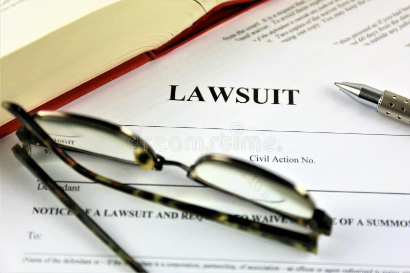 Uma imagem do conceito de um processo legal imagens de stock royalty free