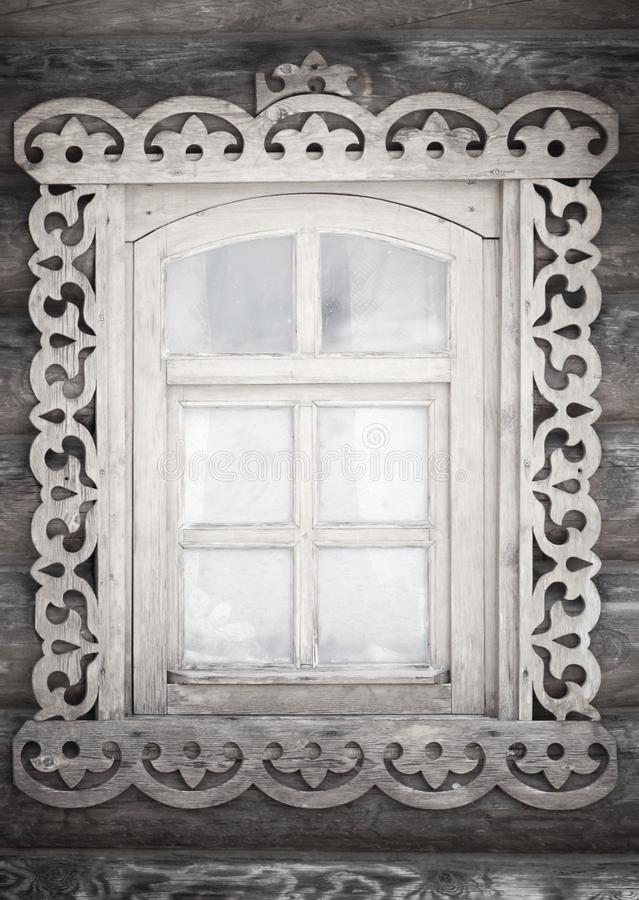Uma janela rústica antiga pequena fotos de stock royalty free