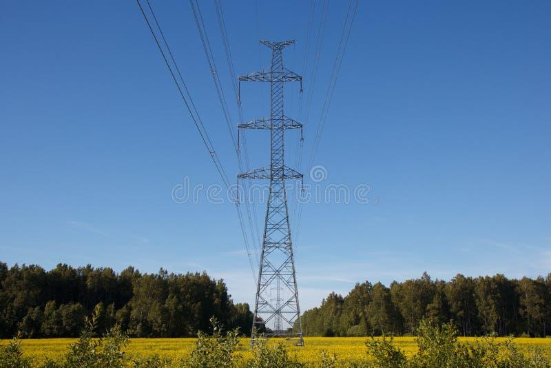 Uma linha elétrica imagens de stock royalty free