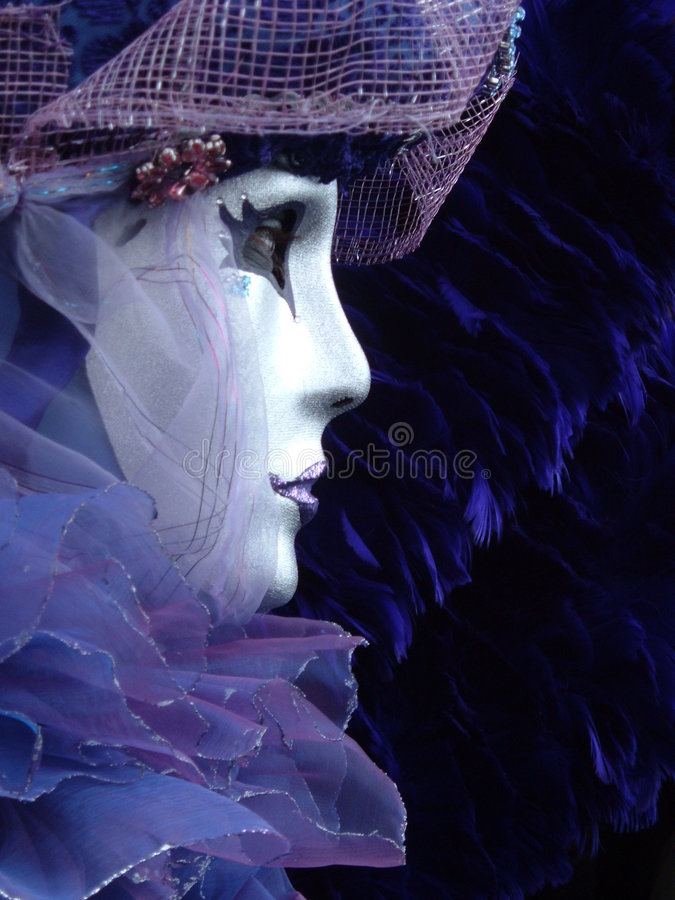 Download Uma Máscara Triste Do Carnaval Em Veneza Imagem de Stock - Imagem de tulle, pena: 542285