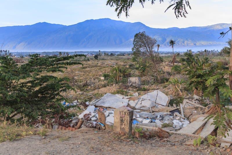Uma manhã ensolarada no petobo da vila perdeu devido à liquefação fotos de stock royalty free