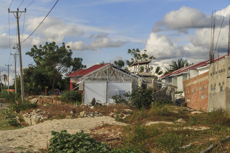 Uma manhã ensolarada no petobo da vila perdeu devido à liquefação fotografia de stock royalty free