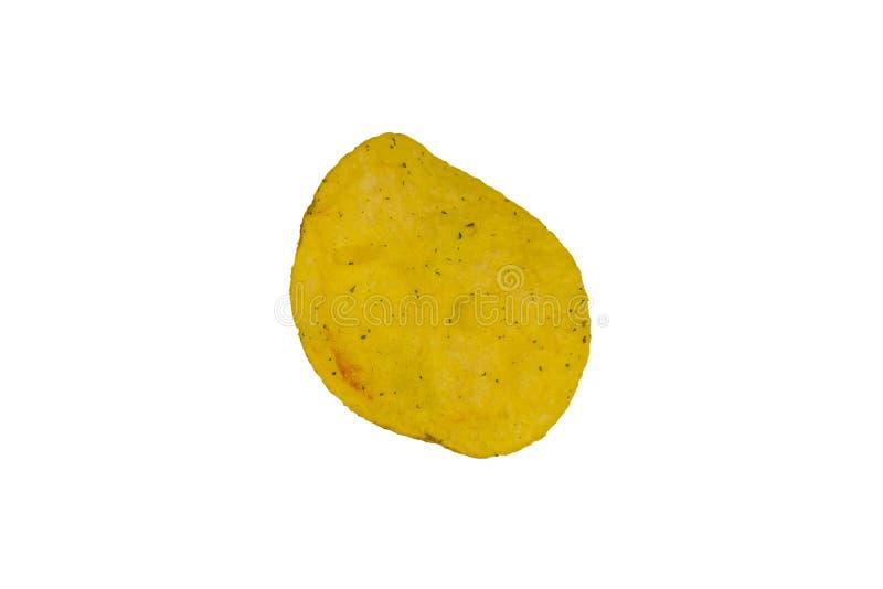 Uma microplaqueta de batata isolada em um fundo branco imagem de stock royalty free